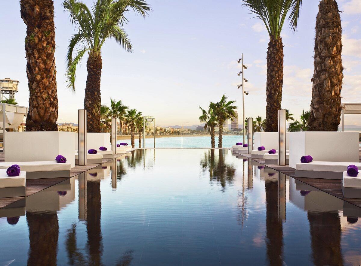 Le più spettacolari piscine infinity in hotel - Room5