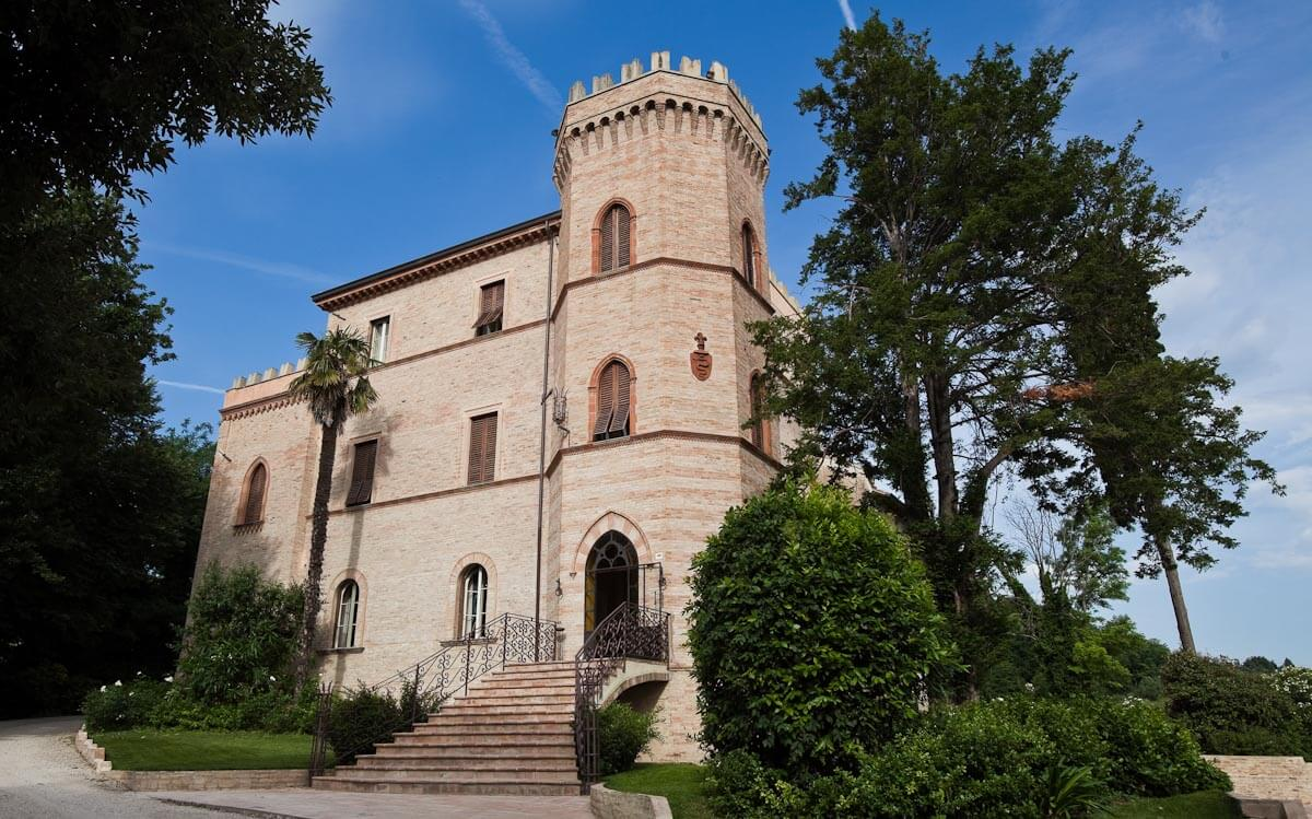 Awesome Soggiorno In Un Castello Gallery - Idee Arredamento Casa ...