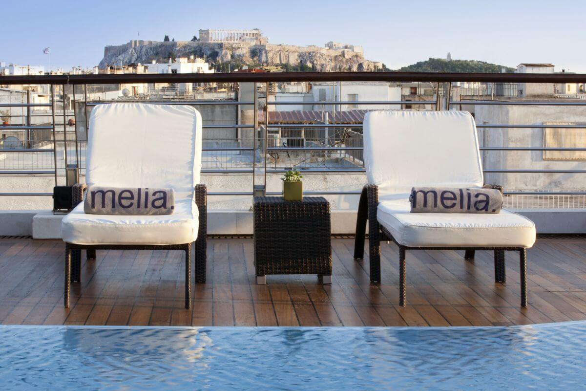 Vista dalla piscina dell'Hotel Meliá Athens
