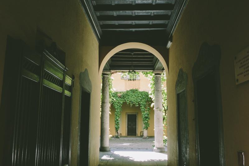 Guida di milano sulle orme di renzo tramaglino for Piani casa del cortile