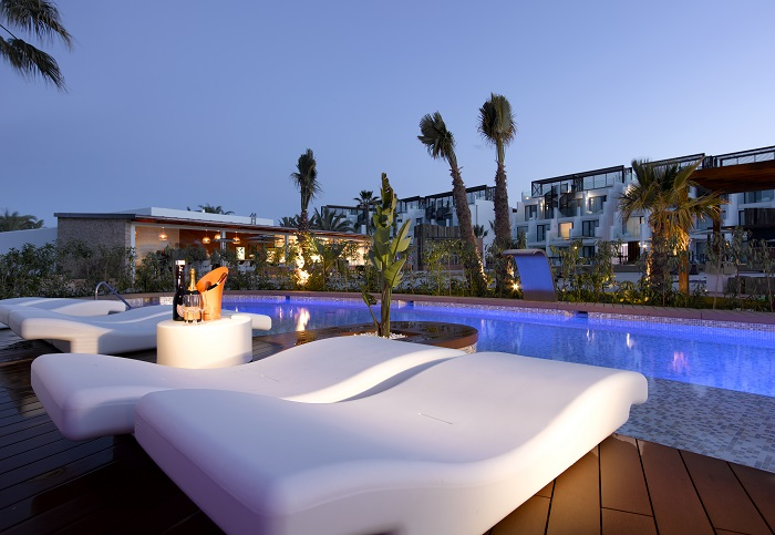 Swim Up Terrace - Hard Rock Hotel Ibiza