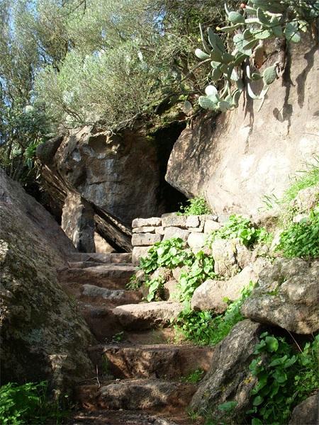 Grotta di Benikulà