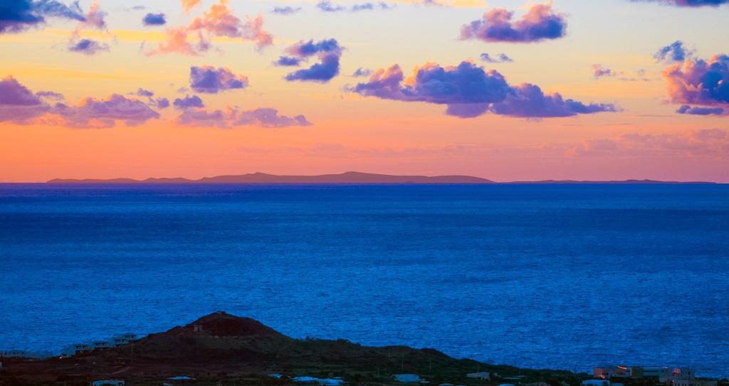 Pantelleria - tramonto e Africa