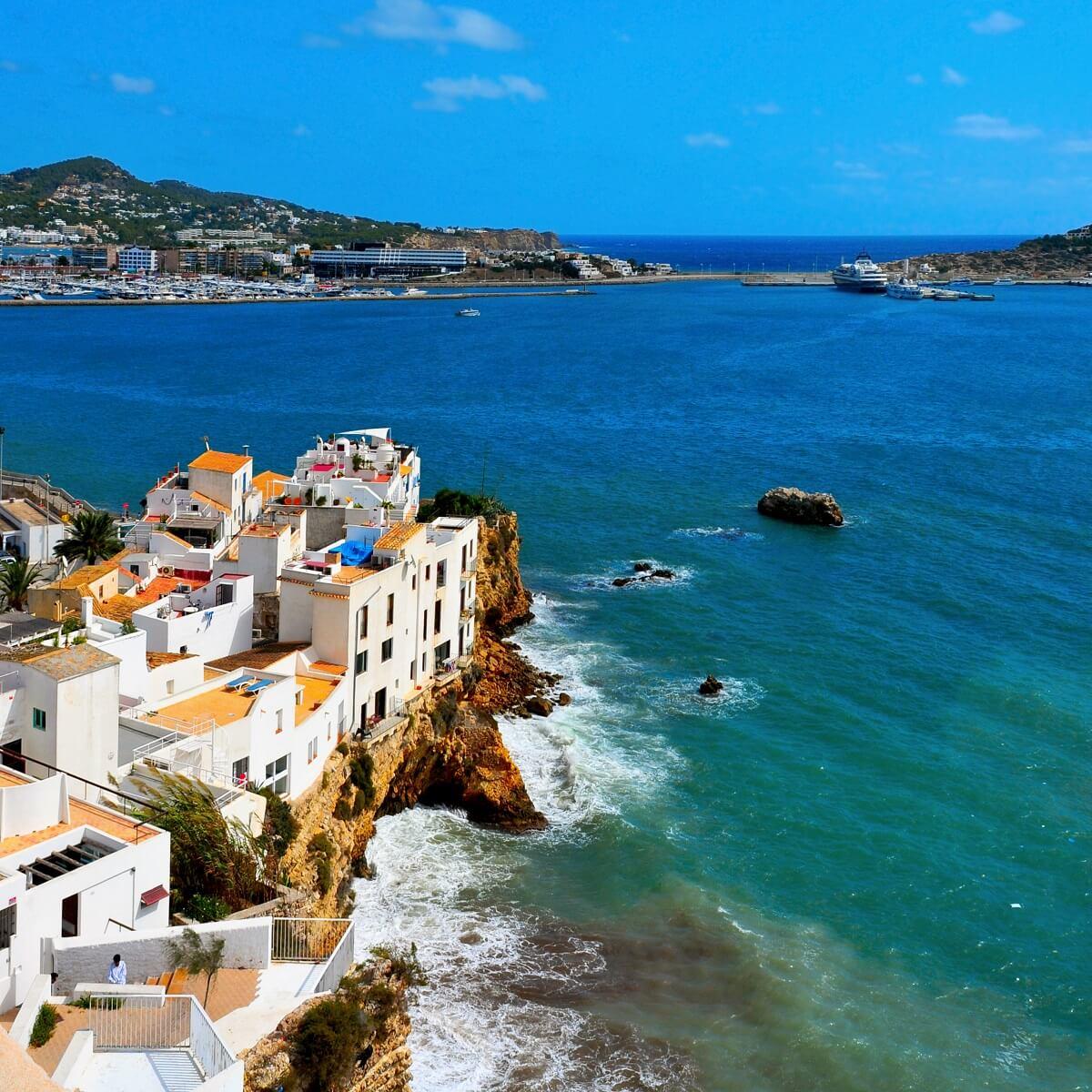 Spain_Balearic Islands_Ibiza_Sa Penya_Fotolia