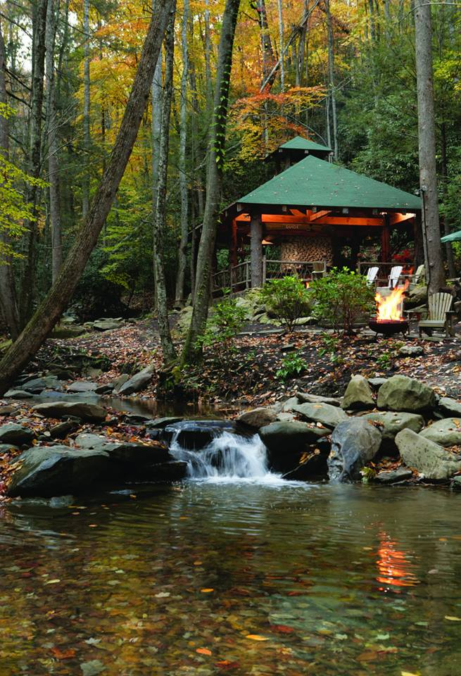 gazebo at the Lodge at Buckberry Creek