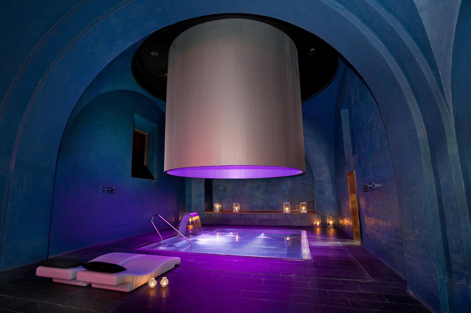 Best spas for girls 39 getaways - Parador nacional de alcala de henares ...