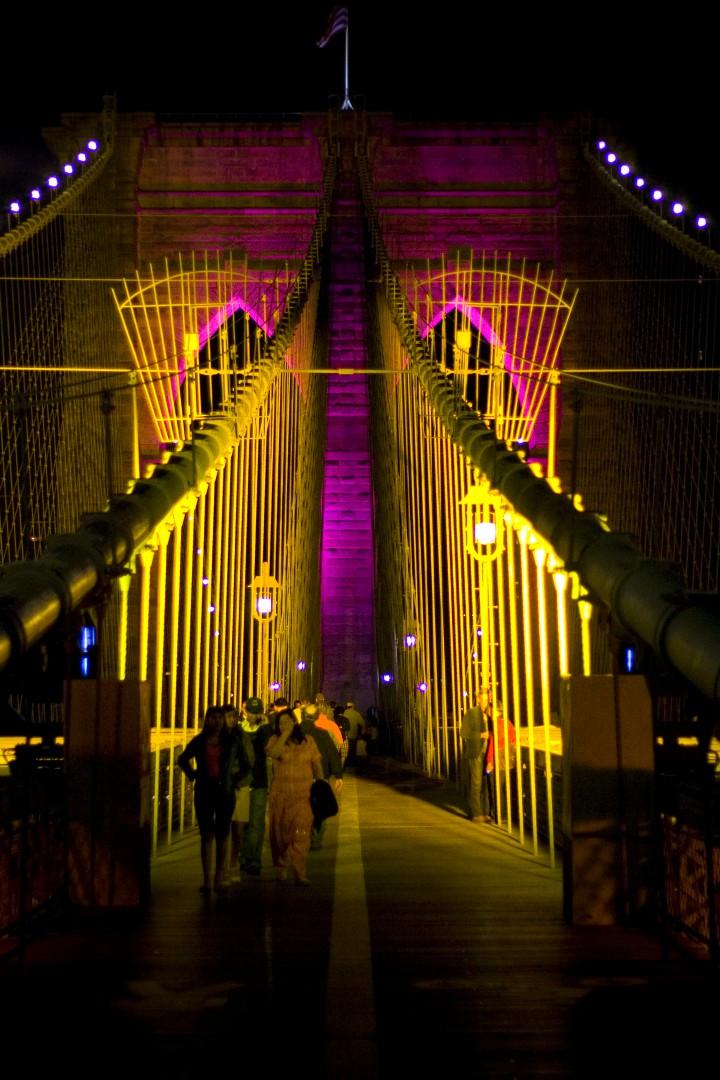 Brooklyn Bridge walking tour New Year's Eve