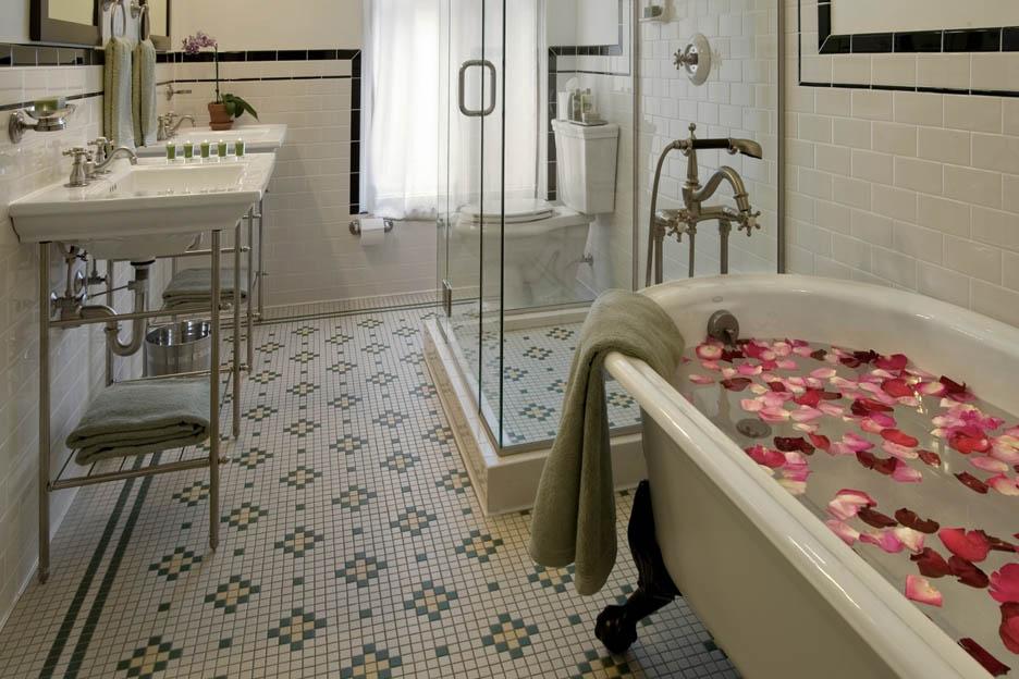 Trendiest Hotels Denver Oxford Bathroom
