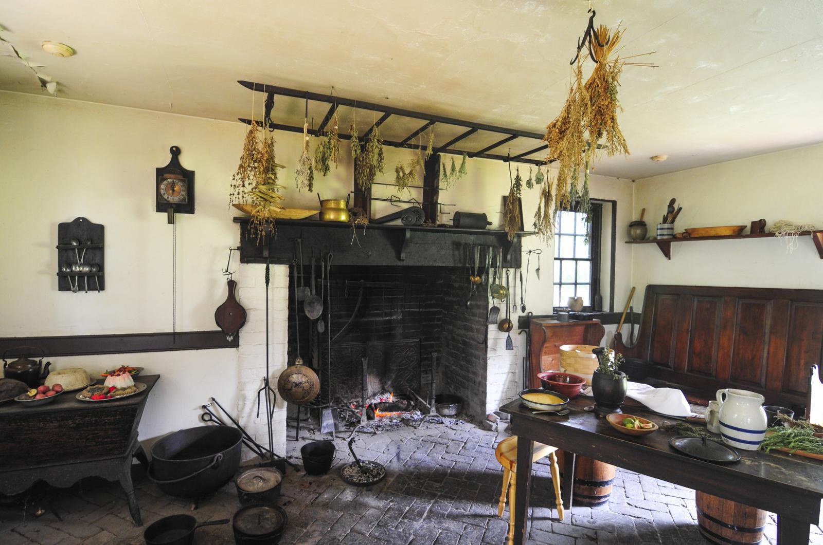 George Washington's home - how cozy!