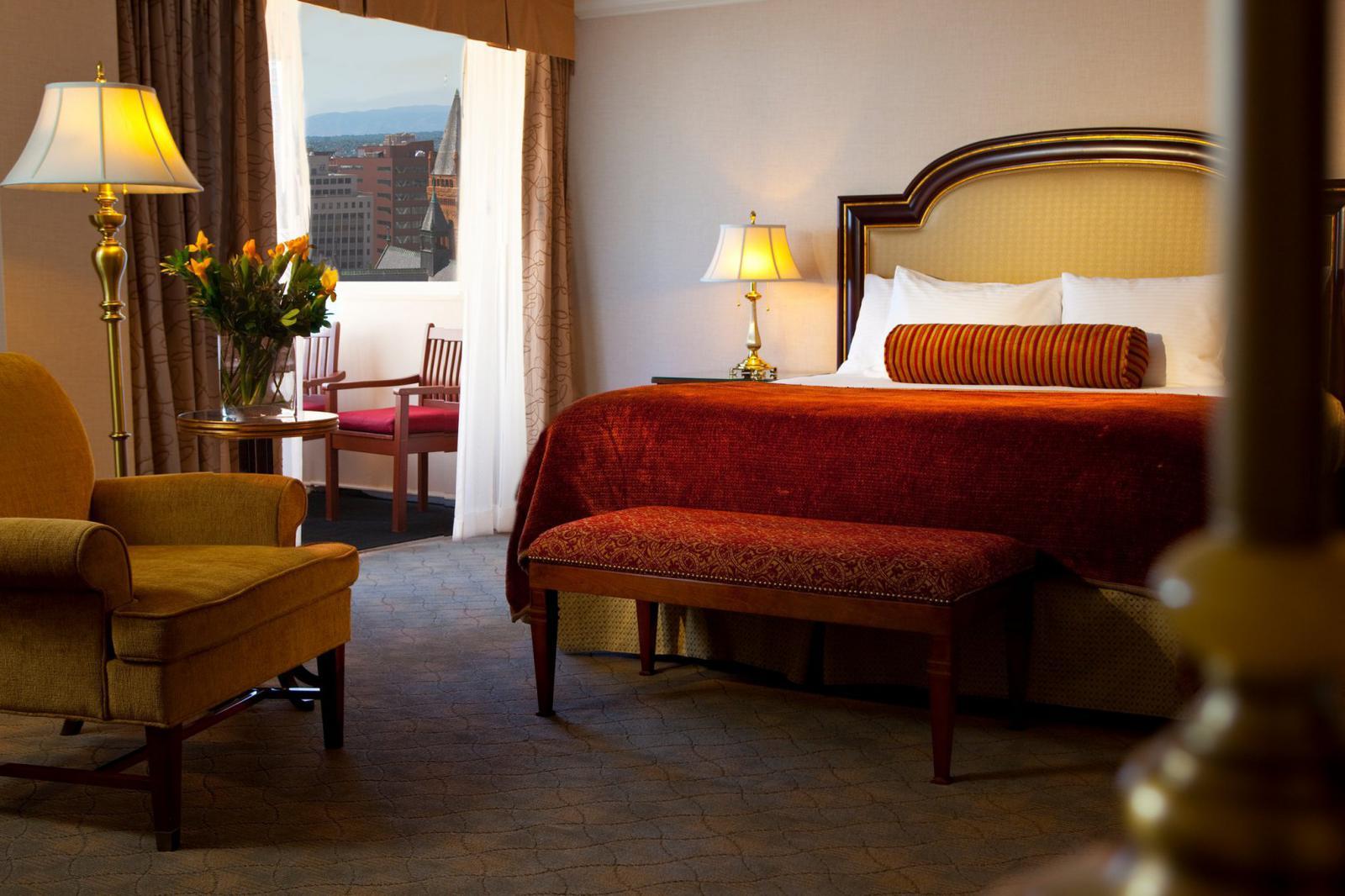 Warwick Hotel Denver Colorado Bedroom