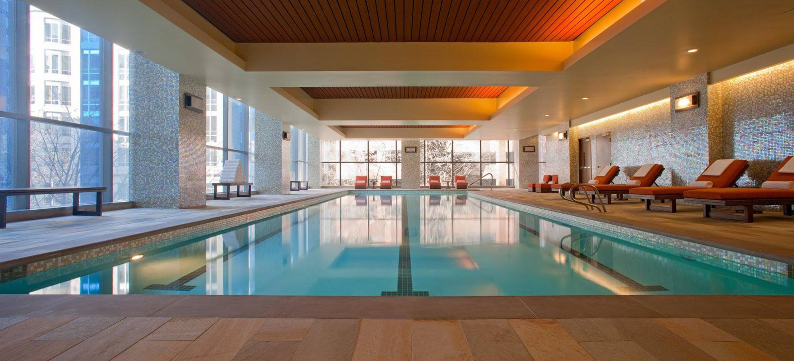 Hotels with pools in Seattle
