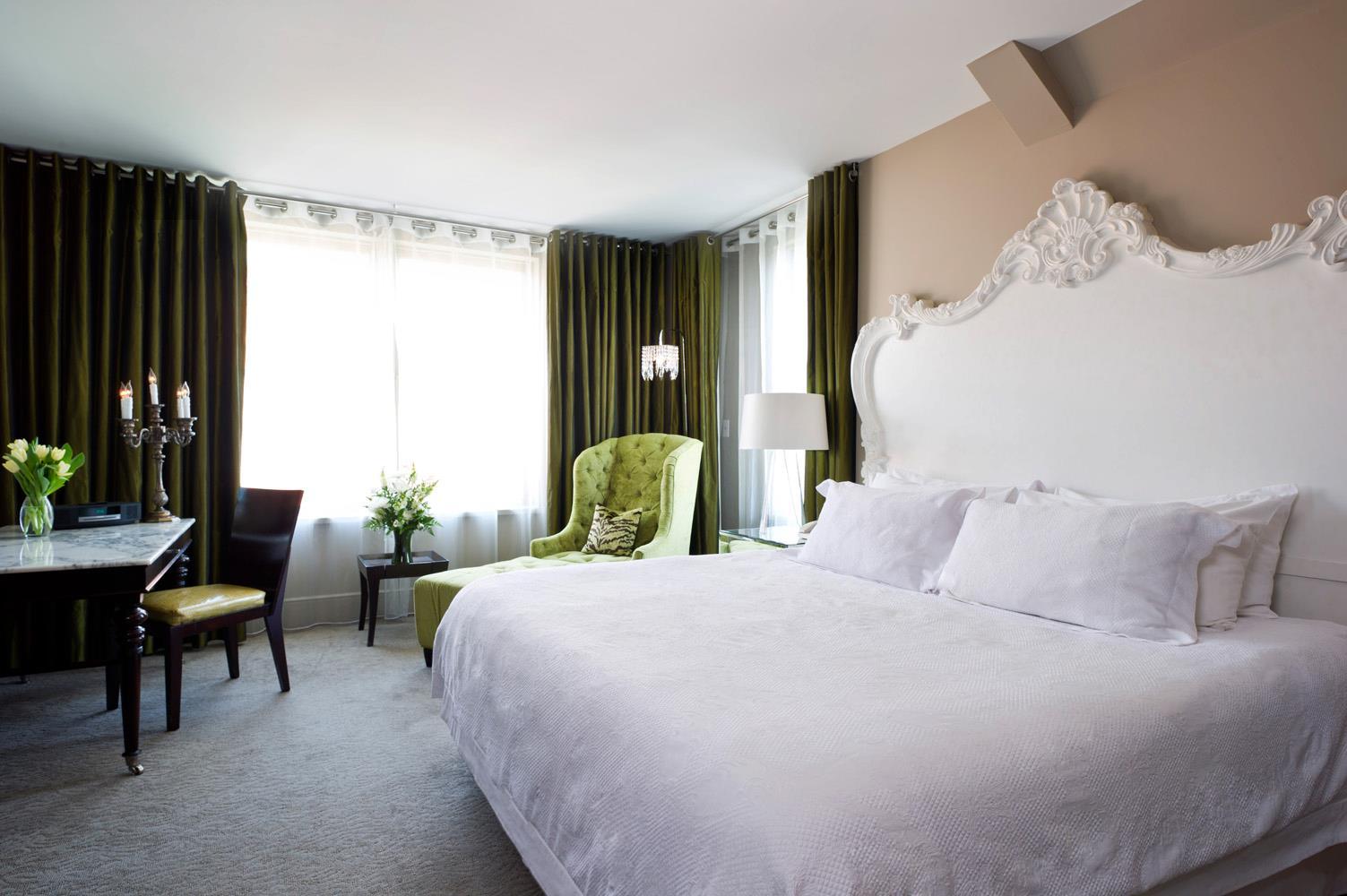 Romantic Hotels Mansion on Forsyth Savannah Georgia