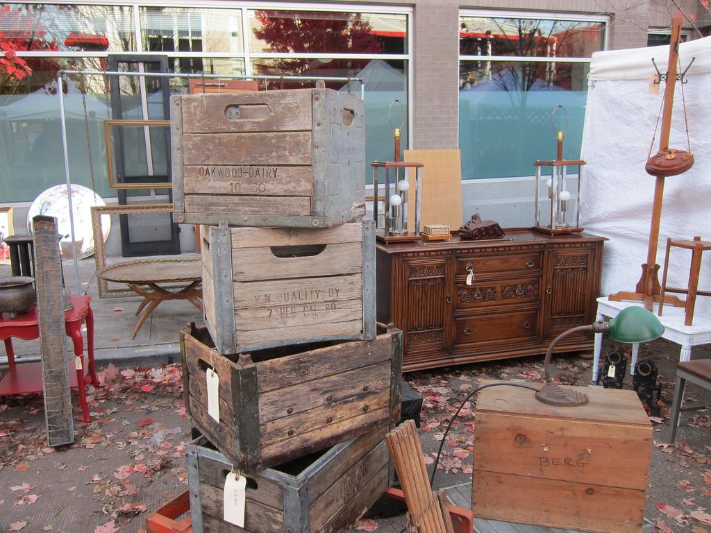 Antique market Seattle
