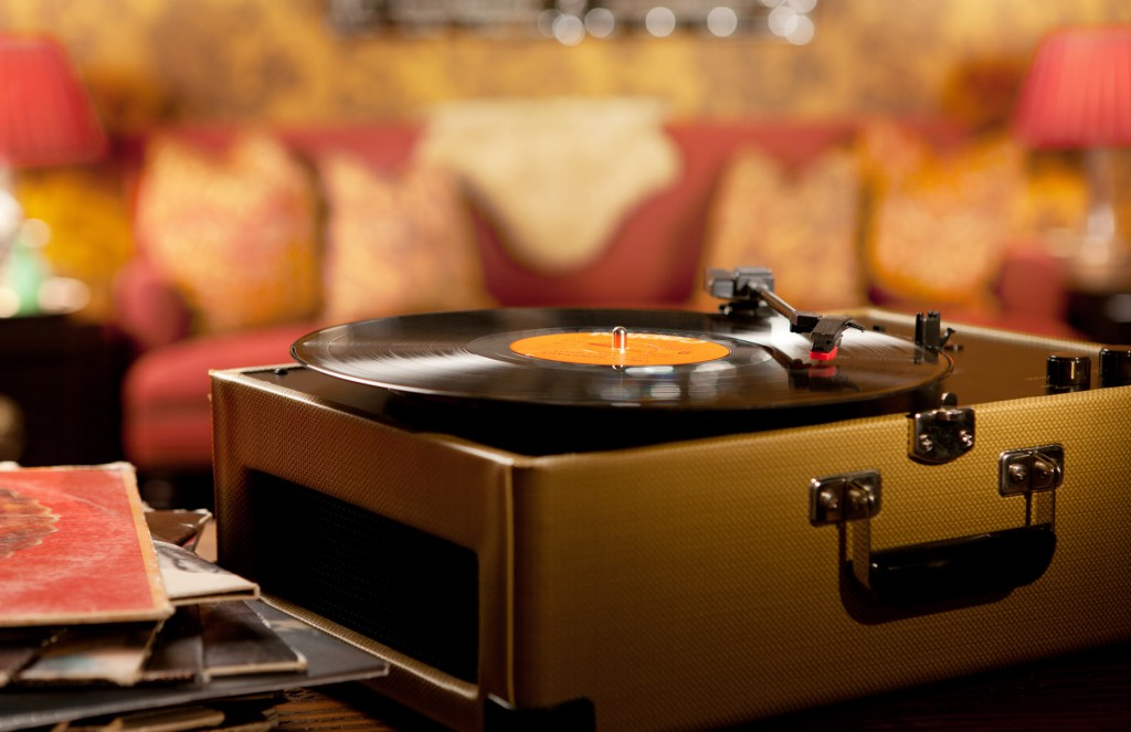 Hotels with Record Players Los Angeles