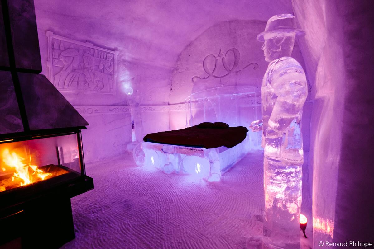 Romantic Date Ice Hotel Canada