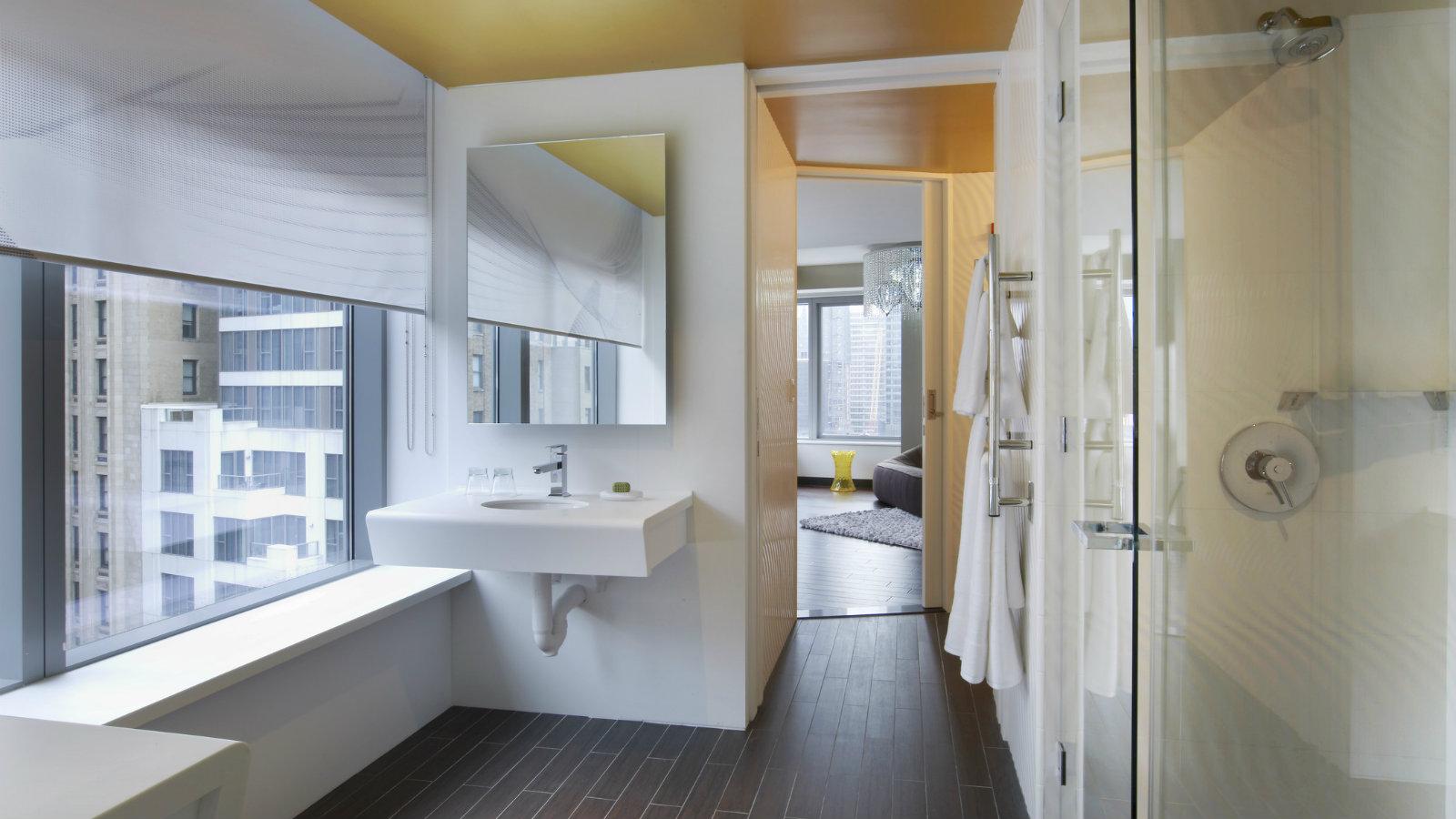 EWOW Suite Bathroom W NYC