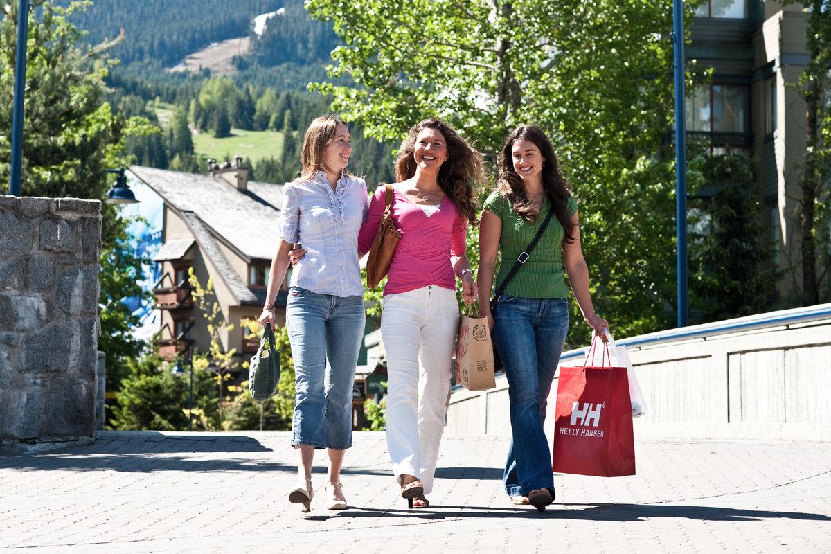 rsz_i_village_shopping_14