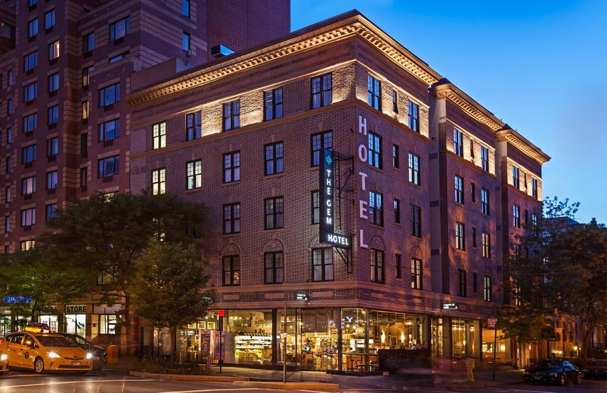 the-gem-hotel-chelsea-exterior