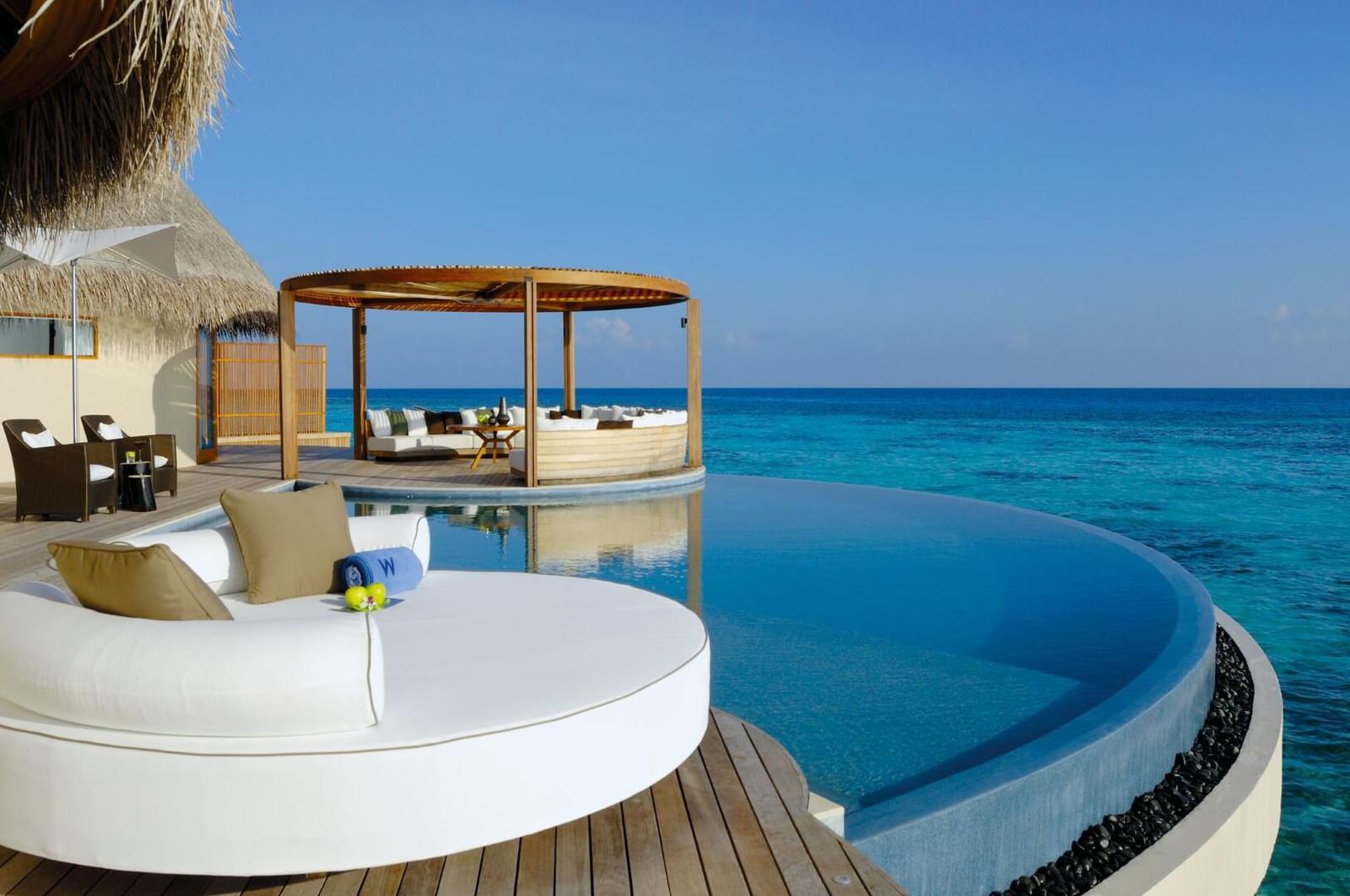 Los 10 hoteles con las mejores piscinas del mundo for Los mejores hoteles de maldivas