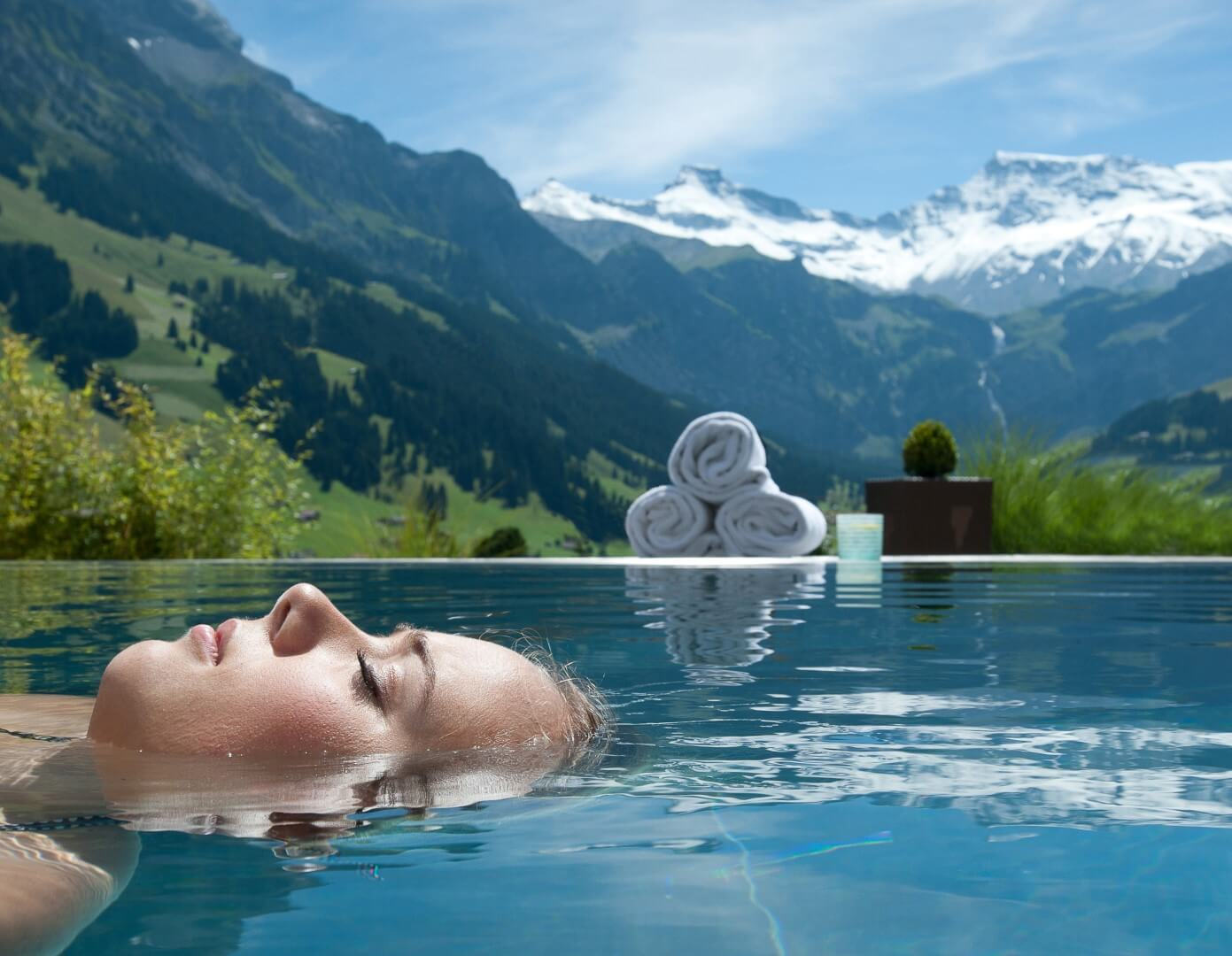 Los 10 hoteles con las mejores piscinas del mundo for Hoteles en portonovo con piscina