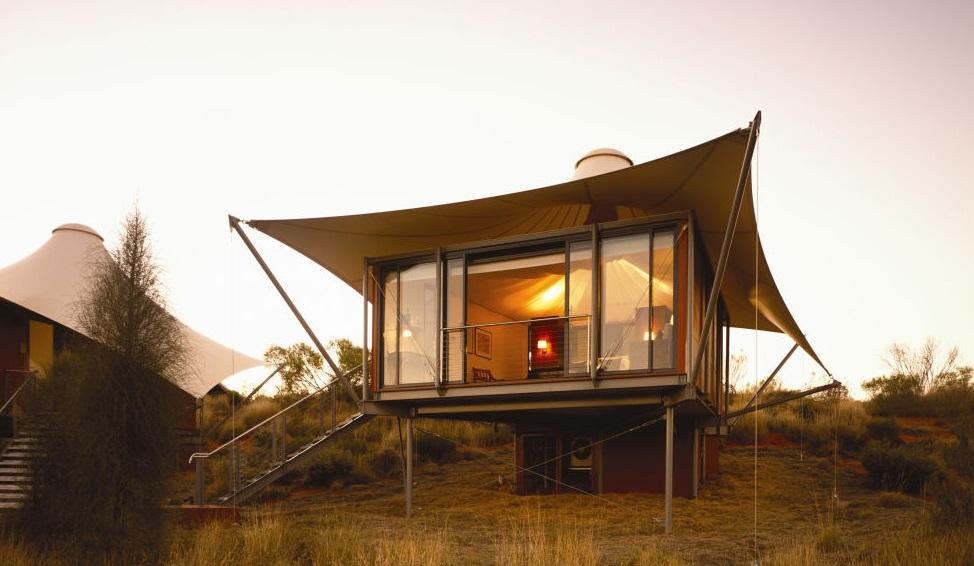 Longitude 131° (Uluru, Australia)