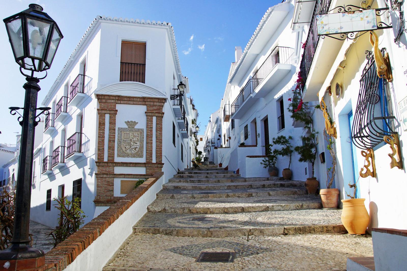 pueblos andaluces con encanto rue de Frigiliana
