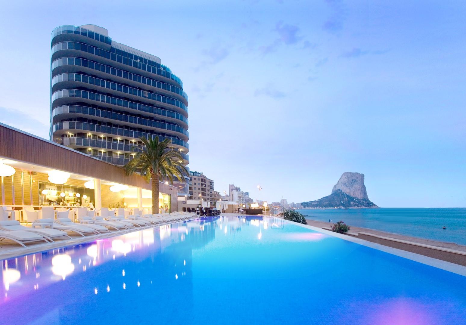 Los mejores hoteles con spa de espa a for Hoteles con piscina