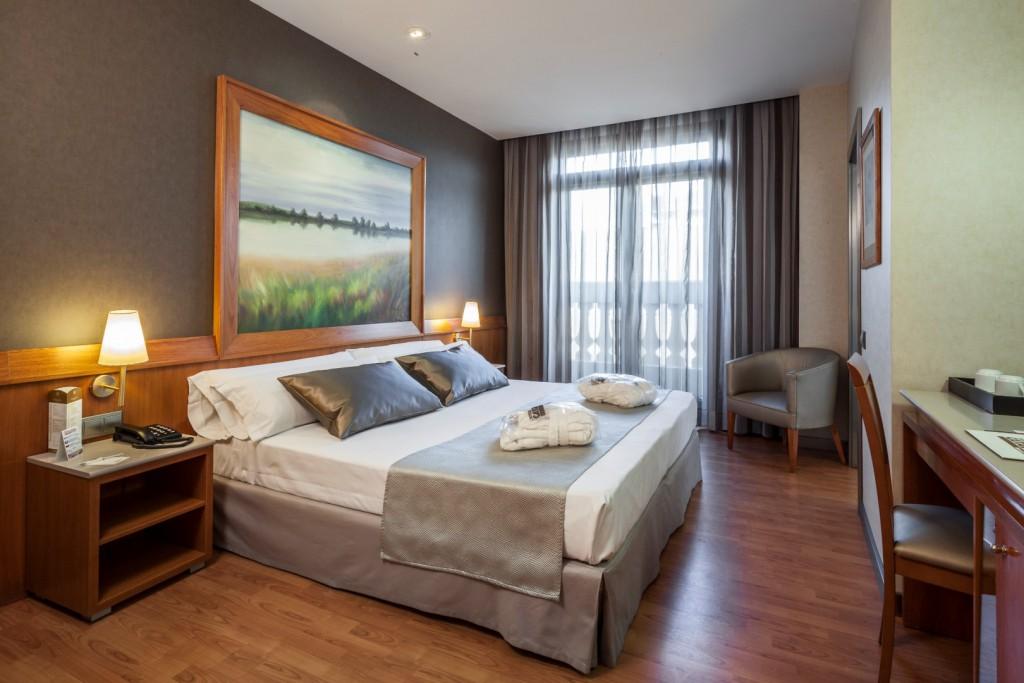 disponibilidad del hotel excelsior para fallas valencia