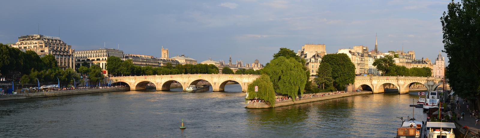 panoramica pont neuf paris