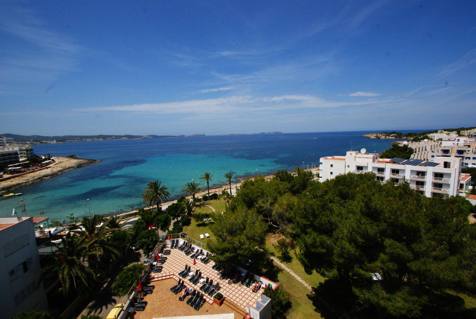 hoteles playa ibiza exterior2 (Large)