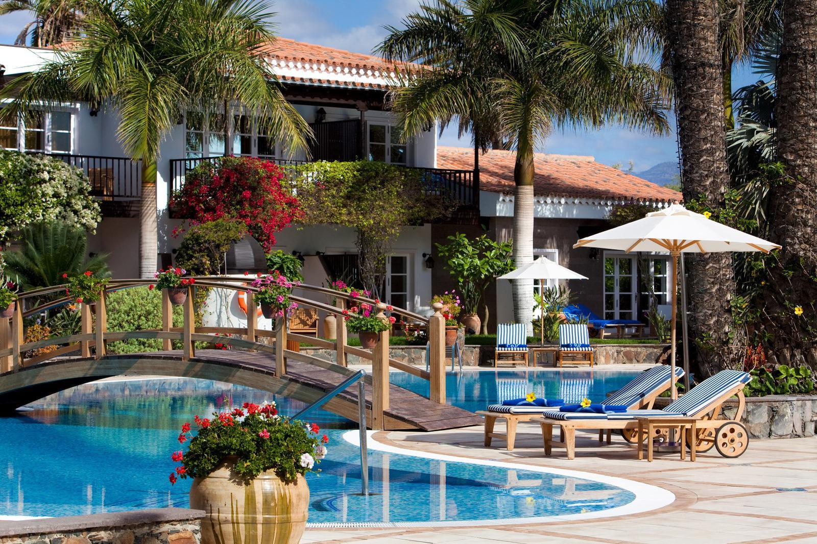 hoteles de playa Piscina Seaside Grand Hotel Residencia