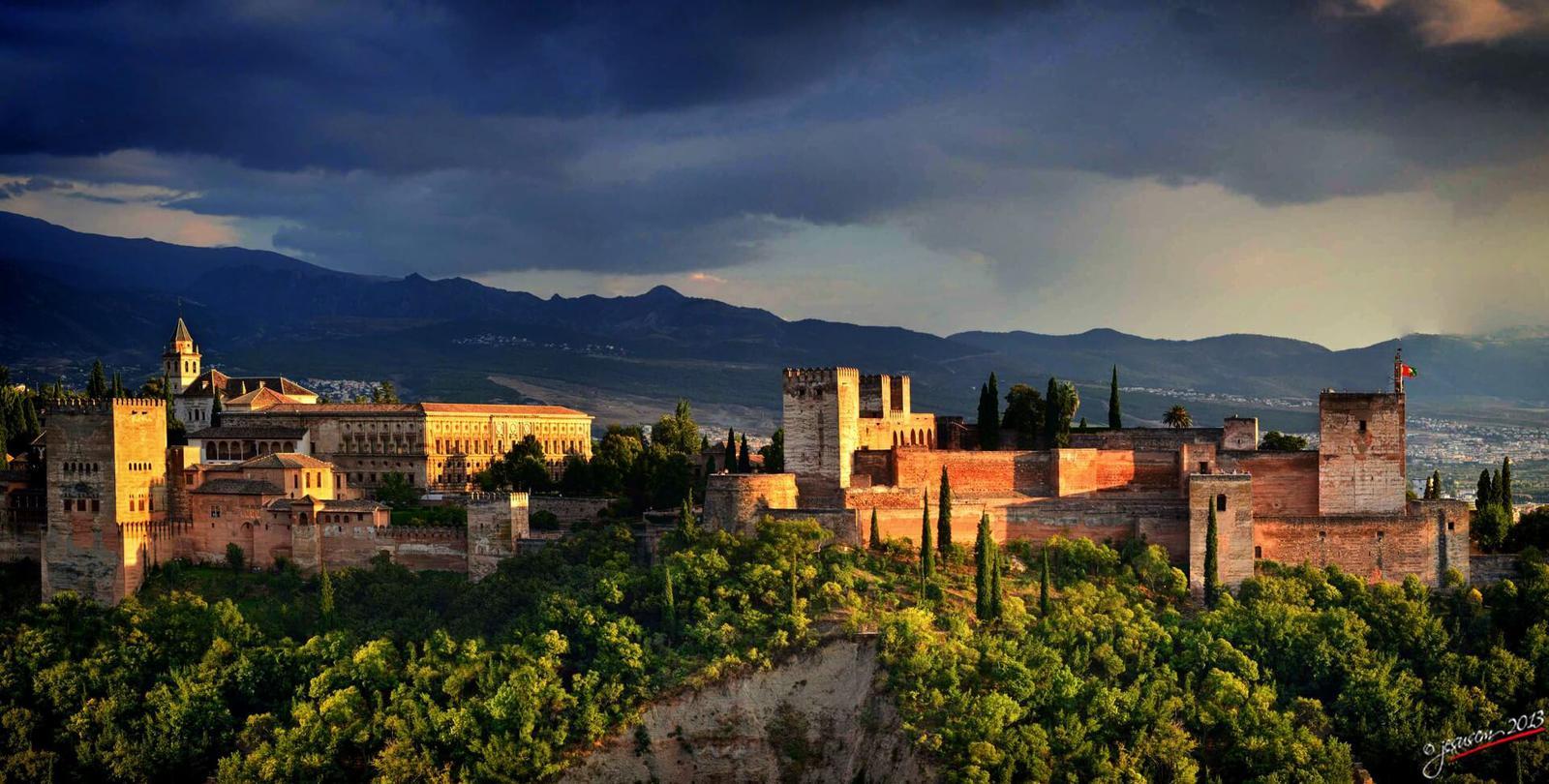 puesta de sol Atardecer en La Alhambra de Granada