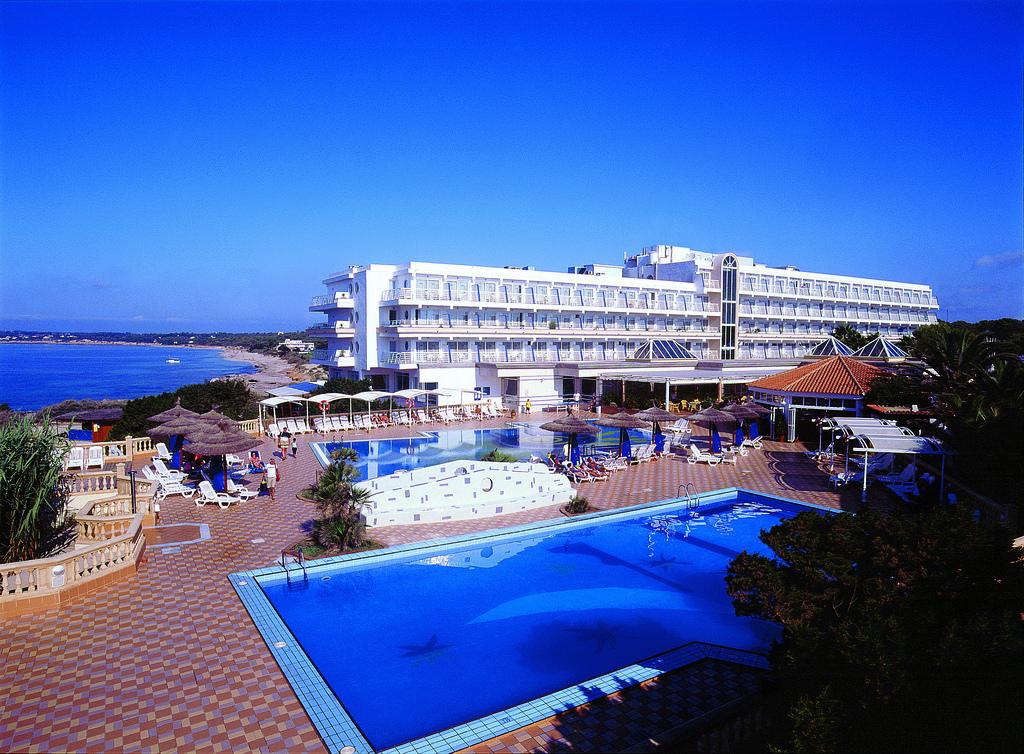 Top 5 hoteles de playa en formentera for Hotels formentera