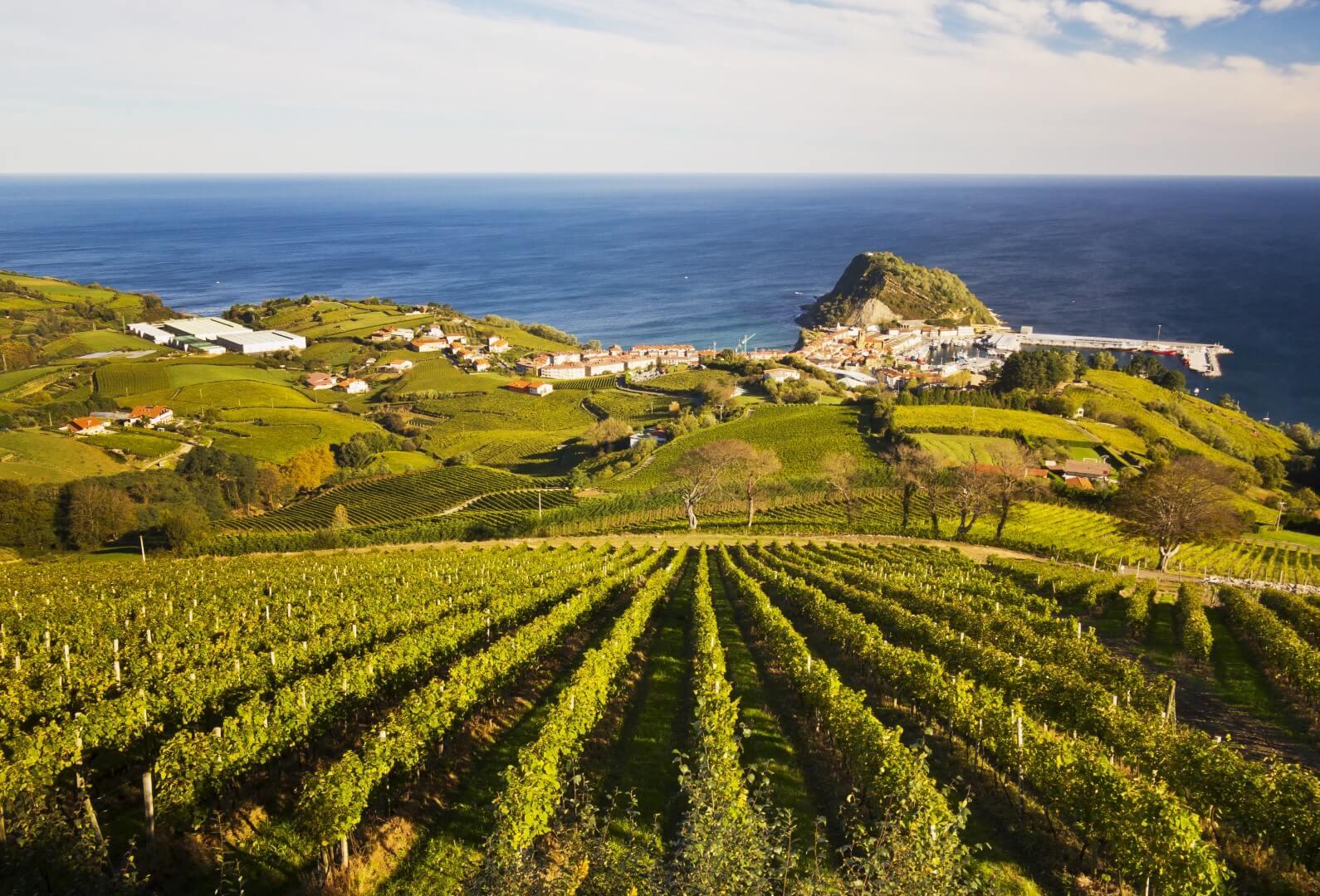 destinos de playa más baratosSpain_Basque Country_Gipuzkoa_Zarautz_Fotolia (1)