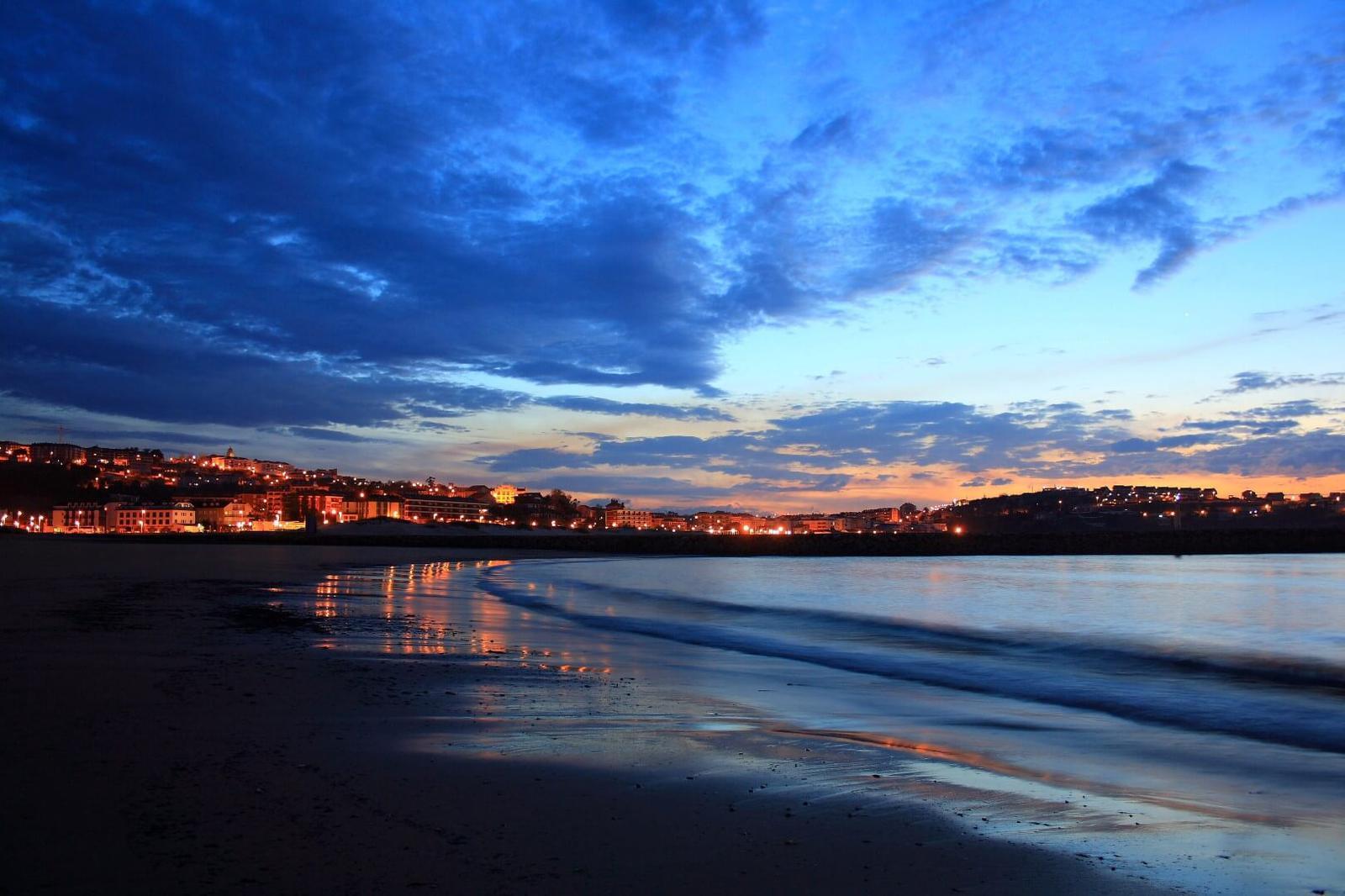 destinos de playa más baratos Suances_CC d'Antela_FLICKR