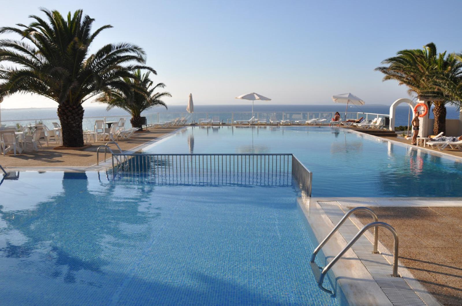 Top 5 hoteles de playa en formentera room5 for Hotels formentera