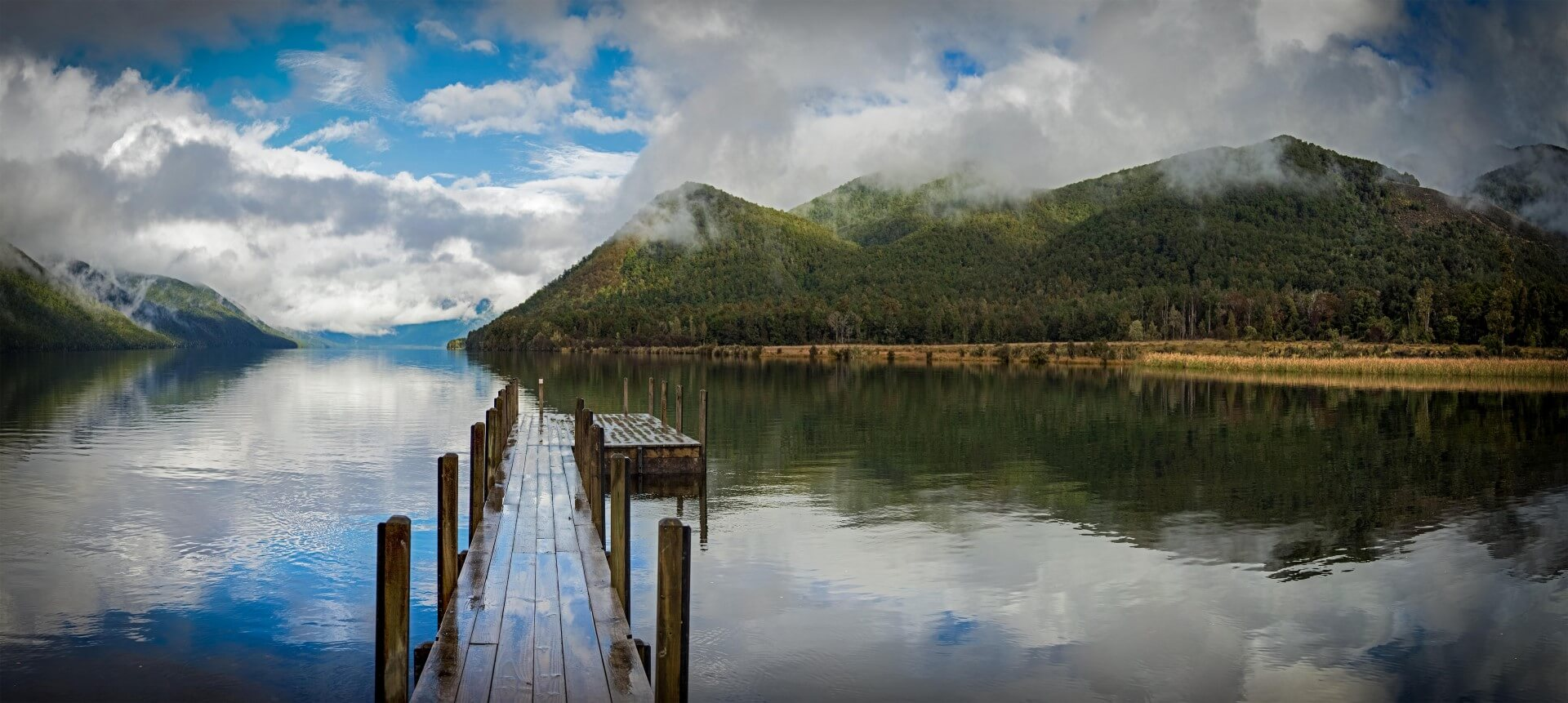 Lago Rotoroa en Nueva Zelanda. Guía de Nueva Zelanda. Qué hacer y qué ver. (C) Jeremy Taylor