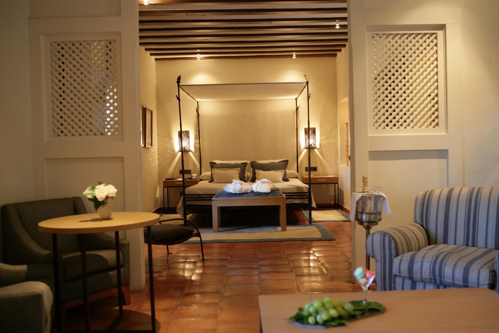 Parador de Chinchon 94 hab unica 122 habitación superior (Large)
