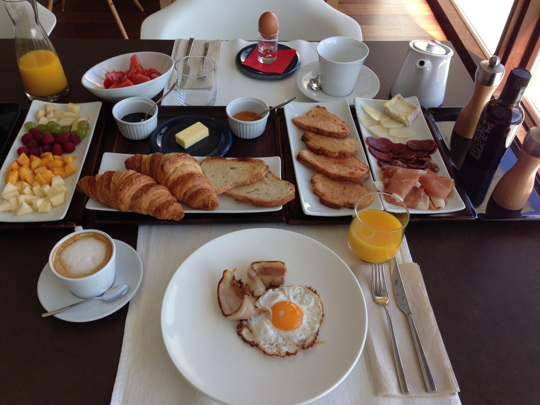 Los mejores desayunos de hotel de espa a for Hoteles especiales madrid