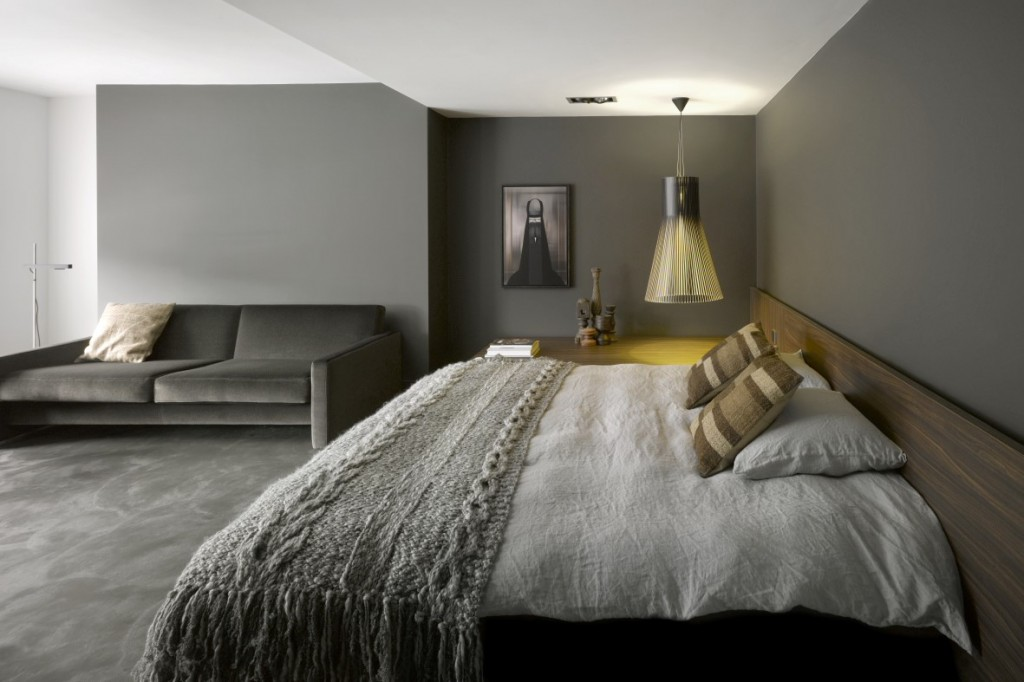 Boutique hotels in amsterdam effortlessly chic room5 uk for Minimalist hotel