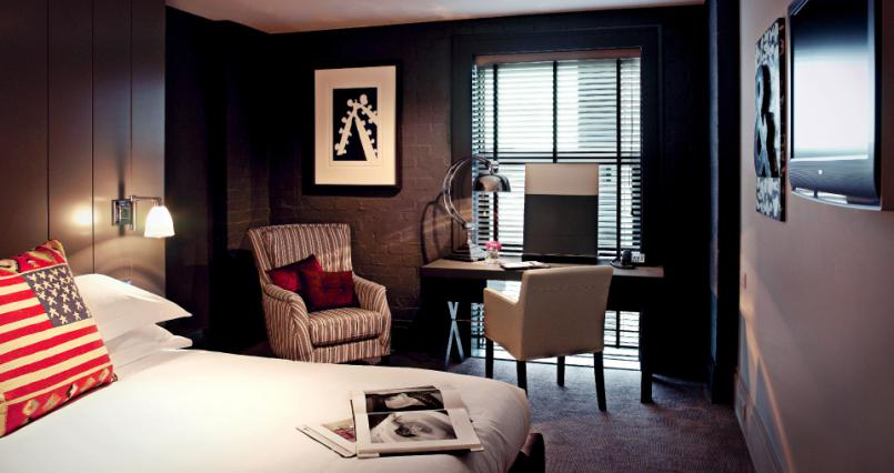 Budget accommodation Edinburgh Airport - Dakota Forth Bridge