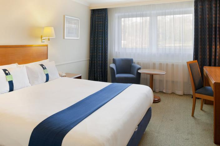 Holiday Inn - budget accommodation in Edinburgh