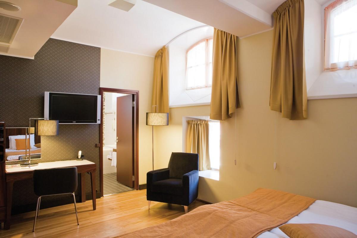 Orange Is The New Black Luxury Prison Hotels Checkin Uk