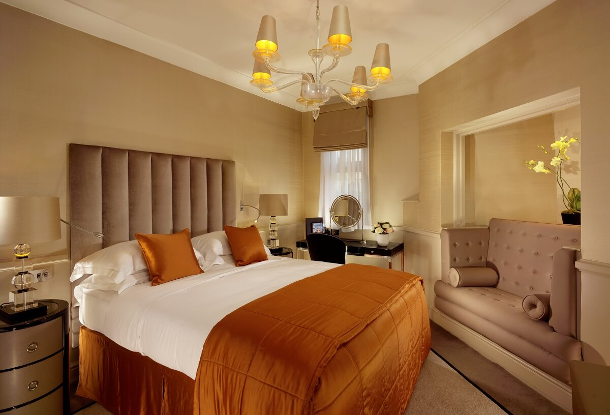 5 star hotels in London: St James' Hotel and Club