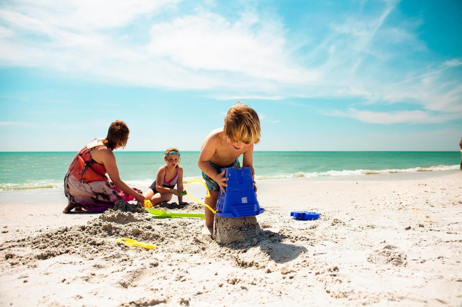 5 hoteles familiares para disfrutar las playas de m xico for Apartahoteles familiares playa