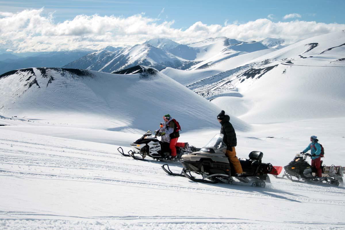 Passeio de Snowmobile é uma das atrações no Valle Corralco.