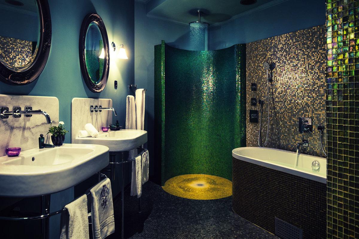 Hotelli Dorsian tyylikäs kylpyhuone