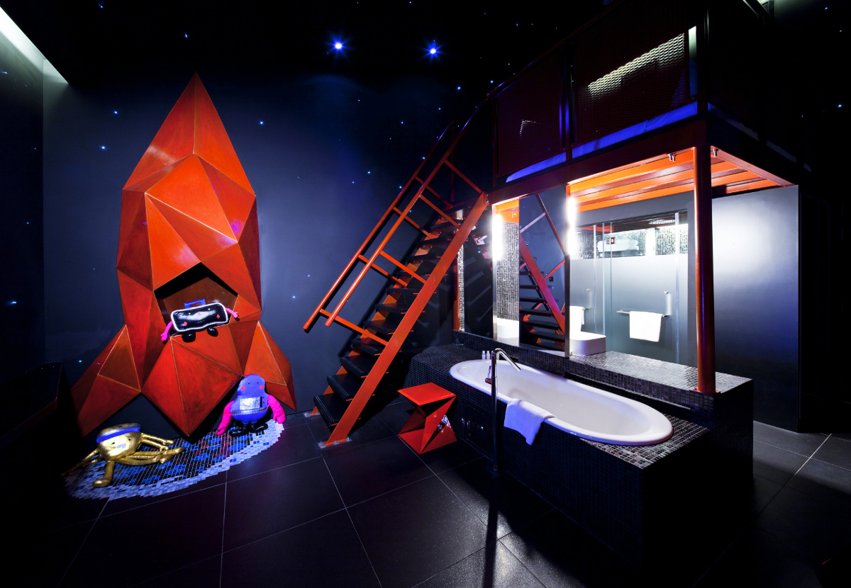 Wanderlust Singapore Space Room