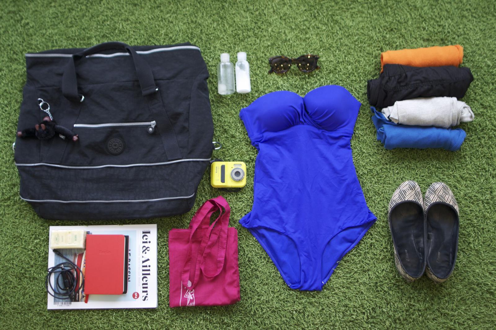 Sac de voyage, maillot de bain, appareil photo étanche; Comment faire sa valise: le guide pratique complet