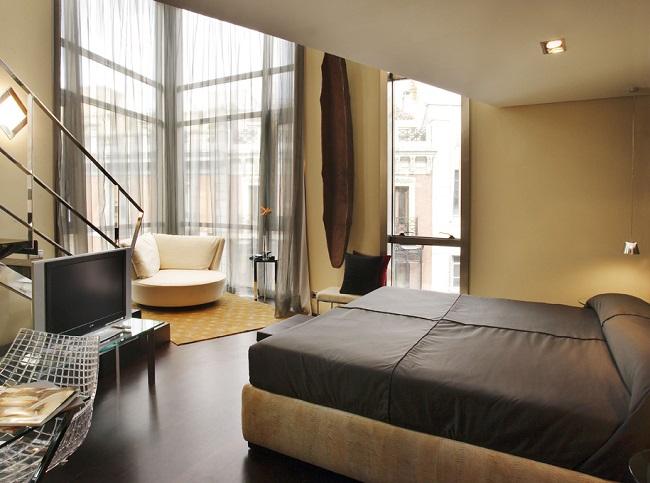 Vue de la chambre de l'hôtel Urban à Madrid